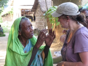 Our leader Vicki, speaking with 108-year-old Anjuli about the history of her village.